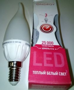 Лампа светодиодная Е14 3Вт теплый, свеча